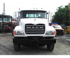2007 Mack Granite CV713